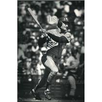 1988 Press Photo Royals baseball player, Jim Eisenreich, in action - mjt05789
