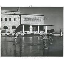 1949 Press Photo Cranbrook Science Institute Sculptures - RRV37287