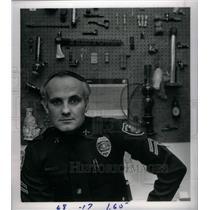 1984 Press Photo Mark Bella Boomfield Police. - RRX36507