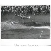 1966 Press Photo Water Skiers Perform At Young America On Water At Lakefront