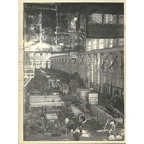 Press Photo Production line at the Watervliet Arsenal in New York - tua17378