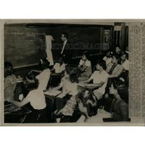 1944 Photo Balloting Procedure Taught Negro Students - RRX12313