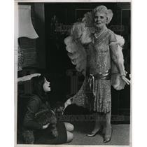 1966 Press Photo Mrs. Lester Friedman - RRW10005