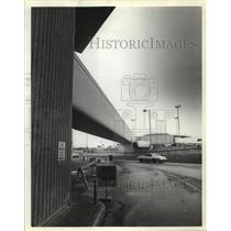 1980 Press Photo Roadway scene at Houston Intercontinental Airport - hca35998