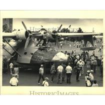 1986 Press Photo Former US Navy PBY Catalina seaplane on display at air show