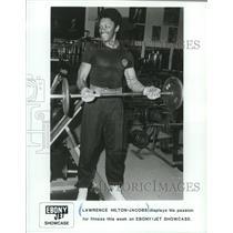 1986 Press Photo Lawrence Hilton-Jacobs displays fitness on Ebony/Jet Showcase.