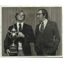 1973 Press Photo Mike Kreller Awarded at Silver Anniversary Air Meet in Illinois