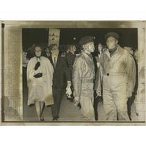 1956 Press Photo Race Inequality Milwaukee Eagles Club - RRX75377