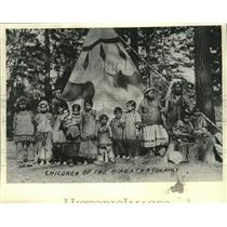 """1940 Press Photo Children of the Indians Who Played """"The Pageant of Hiawatha"""""""