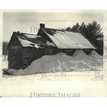 1965 Press Photo Winnebago Indians Cabins Along Creek in Shawano County
