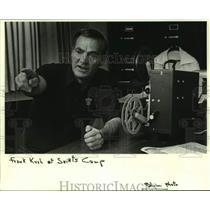 1984 Press Photo Baltimore Colts football coach Frank Kush - nos18280