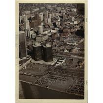 1984 Press Photo Renaissance Center Detroit - RRW71751