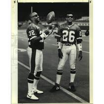 1990 Press Photo Denver Broncos football players Melvin Bratton, Bobby Humphrey