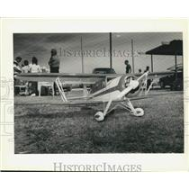 1990 Press Photo Norman Burkert's model plane won pilot choice award, Verrett