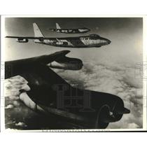 Press Photo B-47 Stratojet in flight over the Pacific - lrx40109
