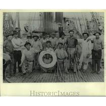 "1919 Press Photo John Steen & his crew on the World War I ship ""Molfetta"""