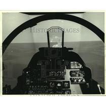 1985 Press Photo AV-8b Harrier airplane flight simulator - amra03727