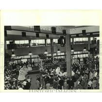 1986 Press Photo Dedication In The Interior of New Airport, Alabama - amra06302