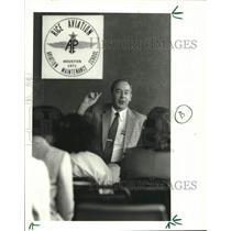 1986 Press Photo Al Boeding, Director at Rice Aviation-Houston Community College
