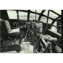 1987 Press Photo The cockpit of a B-29 airplane, Alabama - amra03684