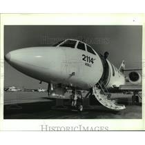 1989 Press Photo Coast Guard Falcon Jet airplane, Alabama - amra03697