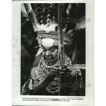 1989 Press Photo New Guinean tribesman near Papua - tup03843