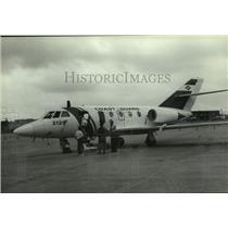 1990 Press Photo Coast Guard Falcon Jet airplane, Alabama - amra03696