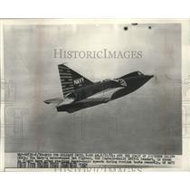 1954 Press Photo US Navy jet fighter XF2Y-1 Seadart breaking supersonic speed