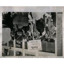 1964 Press Photo G Smith, UAW Pickets GM Fisher Body MI - RRX11067