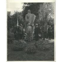 1931 Press Photo Victor Lawson's Grave- RSA41181