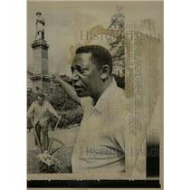 1969 Press Photo Negro civil Charles Evers Downtown - RRW14993