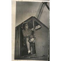 1964 Press Photo Mary Lynn Totten Isco Totten Welding - RRV61319