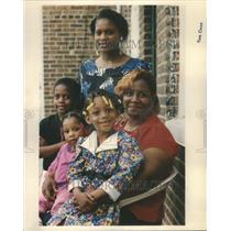 1993 Press Photo Teenage Parent/Drug Addiction/Children - RRU81963