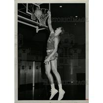 1966 Press Photo Tom Black American Basket Ball Player - RRW74451