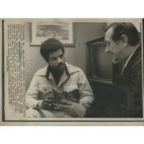 1974 Press Photo Houston Astros Centerfielder Cedeno Meeting General Manager