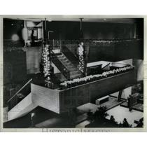 1981 Press Photo Hyatt Regency Chicago Hotel Stairway - RRX10157
