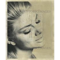 1985 Press Photo False Eyelashes/Inga Borg/Cosmetics - RRW39339