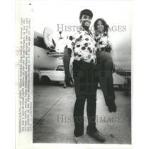 1978 Press Photo M Hardaway OK State NFL Draft San Diego Lifts Airline Employee