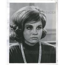 1964 Press Photo Lynn Loring Stars In Die Laughing- RSA99655