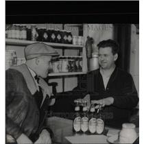 1935 Press Photo Ross Liquor Beer Temperance Michigan - RRX66937