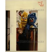 1982 Press Photo John McCanistan Bob Brown Marionettes - RRW13059