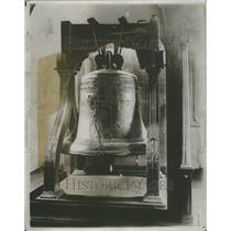 1915 Press Photo Liberty Bell Philadelphia - RRU75001