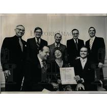 1977 Press Photo Sun Times Daily News Marshall Field - RRX08895