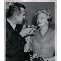 1960 Press Photo Actress Joan Caulfield - RRX47581