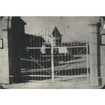 1921 Press Photo Folson Prison, one of the prison gates. - RSC86677