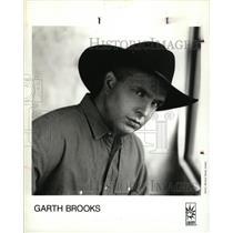 1993 Press Photo Troyal Garth Brooks American Music man - RRW16345
