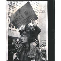 1974 Press Photo Civic Center Plaza Rally Women's Day - RRU17155