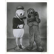 1969 Press Photo Disney Donald Duck Pluto - RRV70301