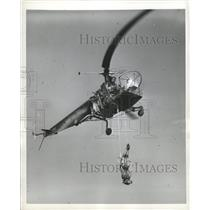 1949 Press Photo flying trapeze young lady Sky Queen - RRX87933