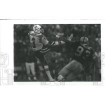 Press Photo New England Patriots Camarillo Punting Townsend Attempts Block